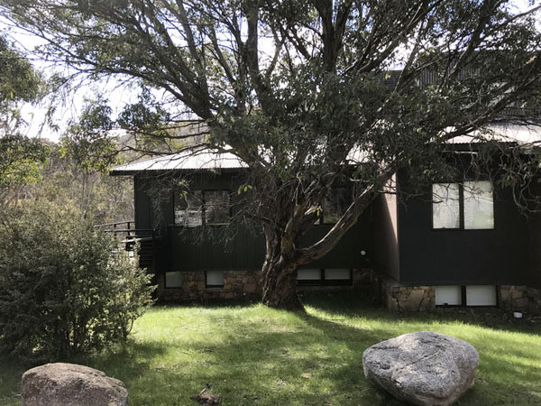 self contained accommodation thredbo village